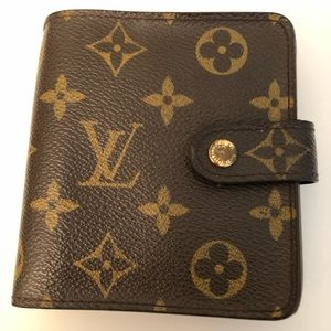 Louis Vuitton Compact ZIP Bifold Wallet Monogram